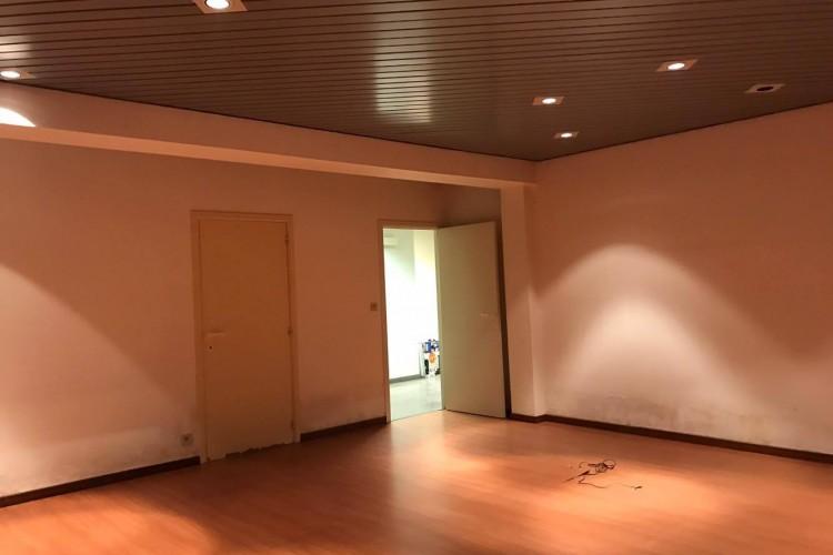 Kantoorruimte: President Kennedypark 29A in Kortrijk